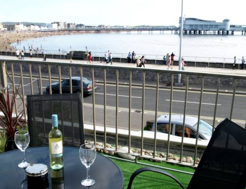 Kensington Court Holiday Apartments in Weston-Super-Mare