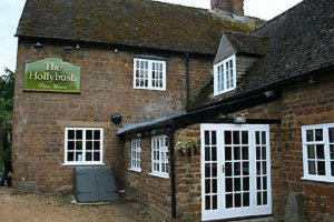 Hollybush Inn in Cotswolds