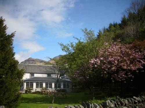 Rowardennan Hotel in Scotland