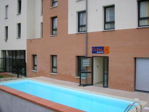Hotels accommodation near toulouse blagnac airport for Appart hotel 31240