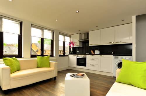 W14 Apartments - Battersea Apartment in London