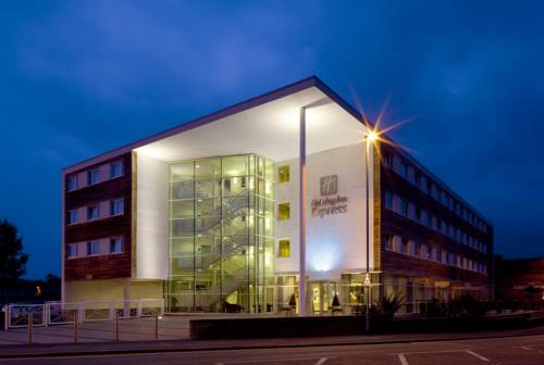 Photo of Holiday Inn Express, Chester Racecourse