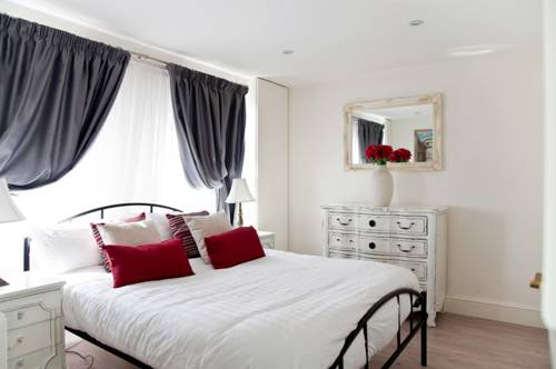 Vive Unique - Four Bed Home in Fulham