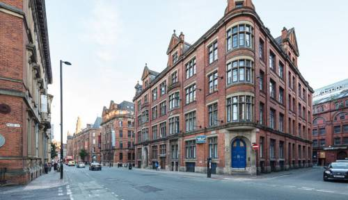 Large Central Duplex Apartment in Manchester