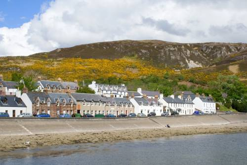 Ullapool Youth Hostel - SYHA Hostelling Scotland in Scotland