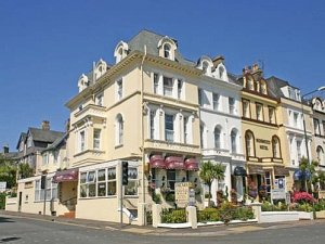 Oscars Lodge Guesthouse in Torquay