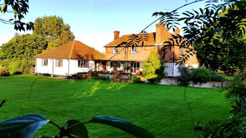 Iffin Farmhouse in Canterbury