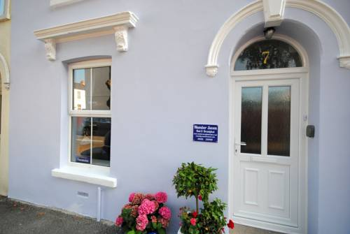 Number Seven Bed and Breakfast in Falmouth