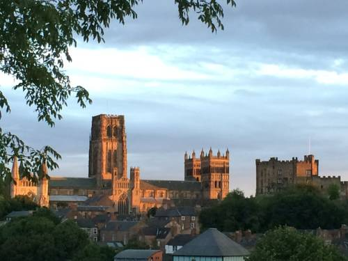 Durham Cathedral View Suites