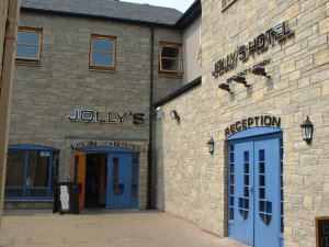 Jollys Hotel in Dundee