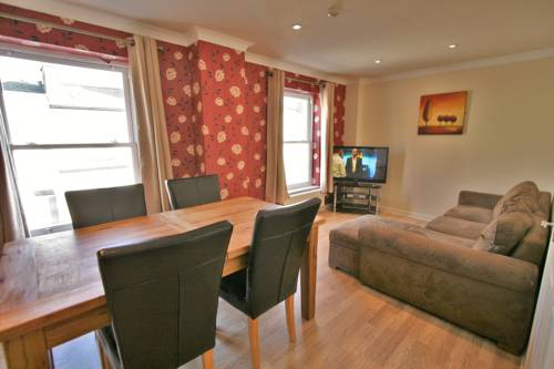 Central Serviced Apartments in Cheltenham