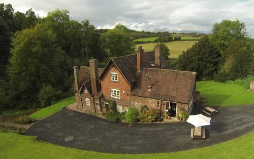 Worralls Grove Farm House Bed and Breakfast