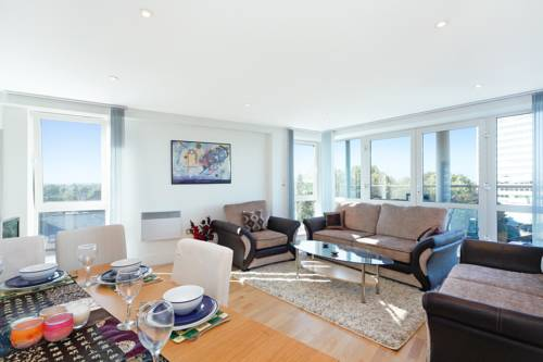 Chiswick 560 Serviced Apartment