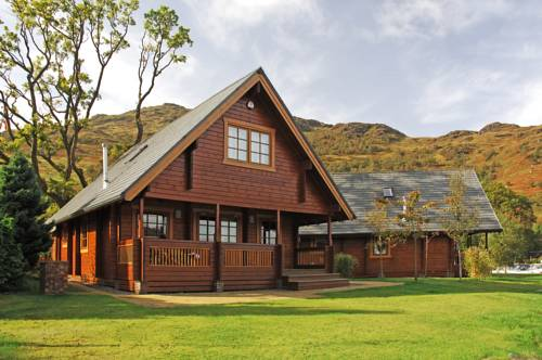Ardlui Lochside Lodges in Region Center