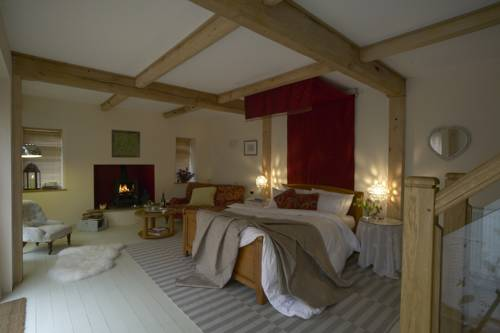 Abbots Lodge Bed and Breakfast