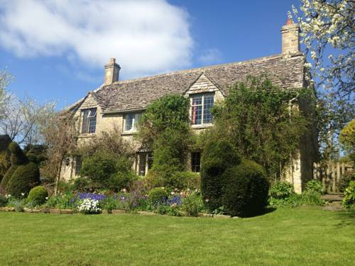Yew Tree Cottage BandB in Cotswolds