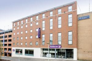 hotels luton: