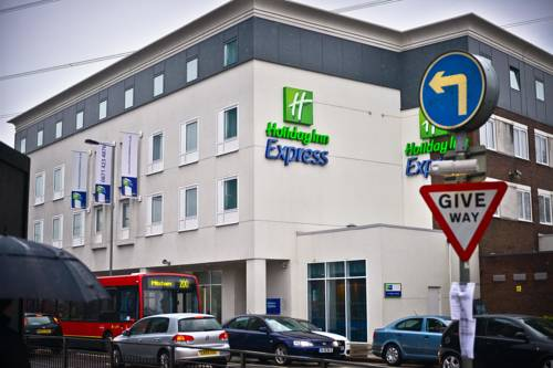 Holiday Inn Express London-Wimbledon-South in London