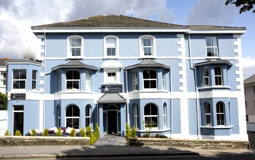 The Oceanic Luxury Aparthotel in Falmouth