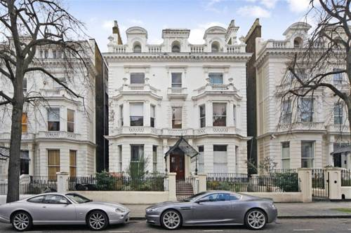 Exclusive Holland Park Apartments in London