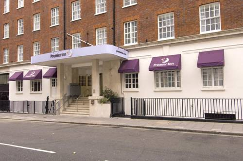Premier Inn London Victoria in London