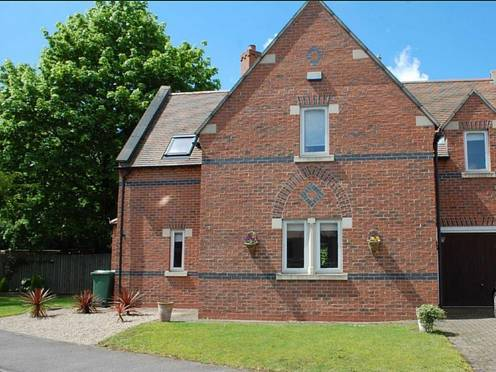 1 Home Farm Newark Nottinghamshire Ng23 5qb
