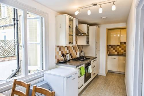 London 3 Bedroom Flat