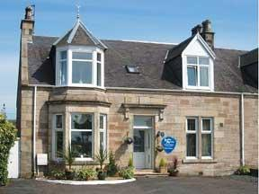 Leslie Anne Guest House in Prestwick