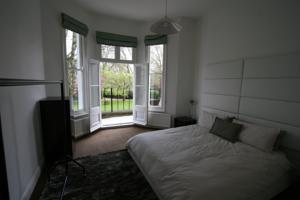 Earls Court Garden Apartment