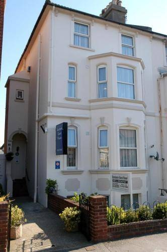 Kentmere Guest House in Dover