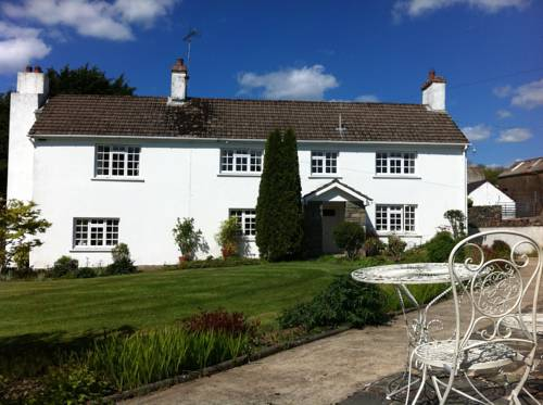 Cilpost Farm Guest House