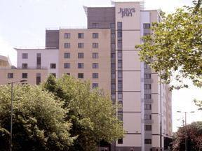 Hotels Accommodation Near Southampton Solent University