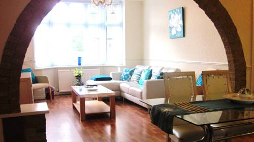 PandJ Serviced Apartments in Nottingham