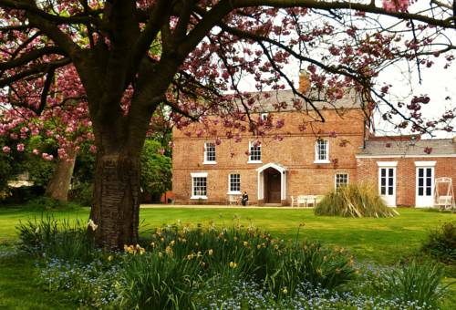 Little Mollington Hall in Chester