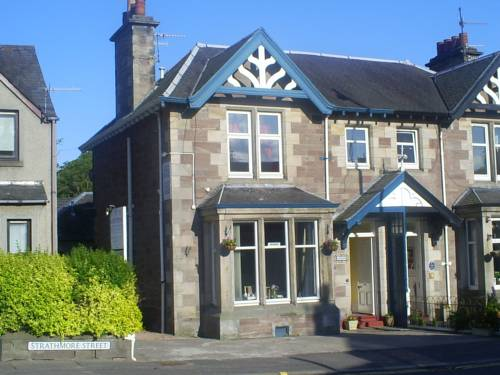 Auld Manse Guest House in Perth
