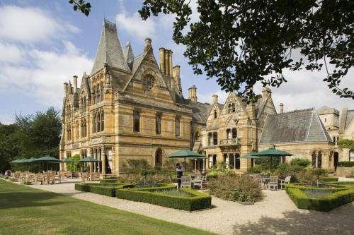 Ettington Park Hotel in Cotswolds