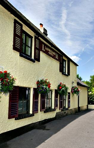 Llanwenarth Hotel and Riverside Restaurant