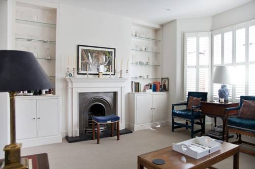 Three Bedroom Apartment in Parsons Green