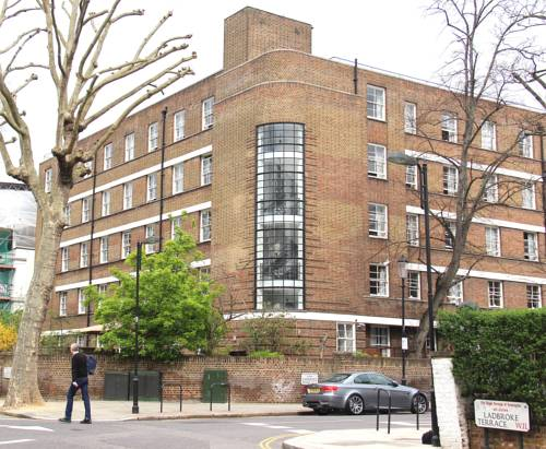 Bowden Court in London
