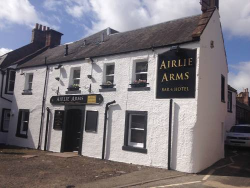 Airlie Arms Hotel in Scotland