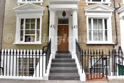 Kempsford House Apartments in London