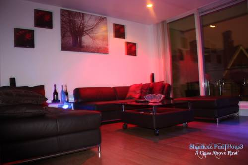 Deluxe Apartment - Canary Wharf in London