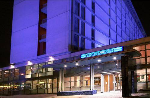 St Giles Heathrow � St Giles Classic Hotel