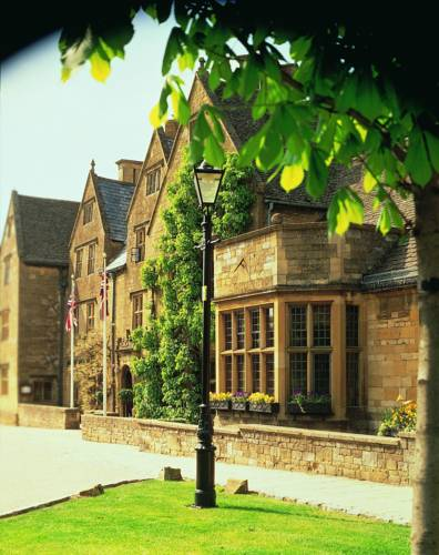 Lygon Arms - The Hotel Collection