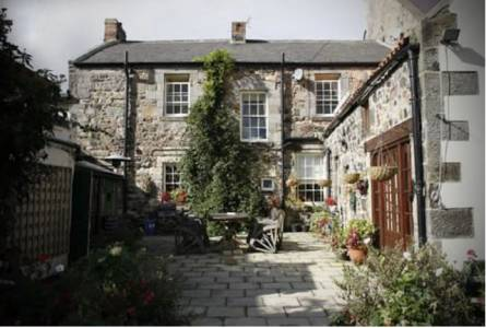 Market Cross Guest House in Northumberland