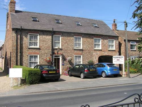 Orillia House BandB and Holiday Cottages in York