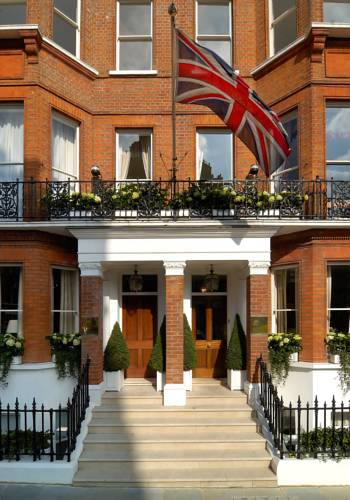 Hotels accommodation near natural history museum london for 23 egerton terrace kensington