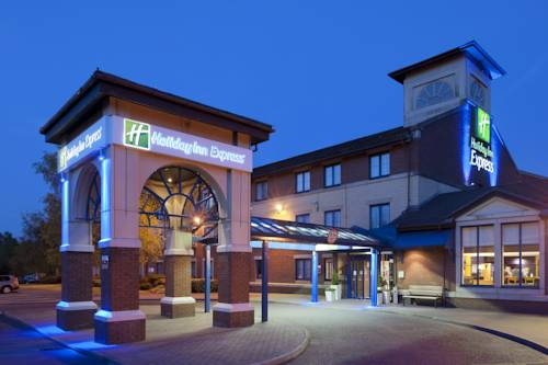 Holiday Inn Express Strathclyde Park M74, Jct 5 in Region Center