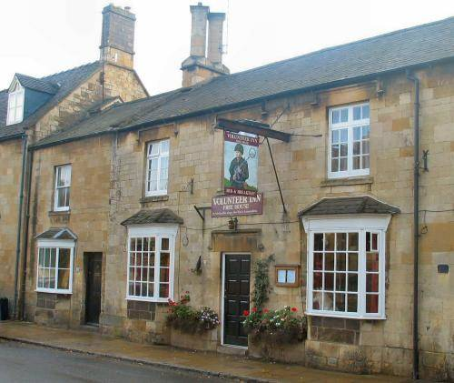 Volunteer Inn in Cotswolds