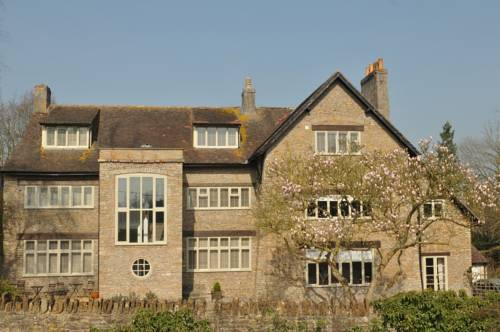 Hotels Near Beckington